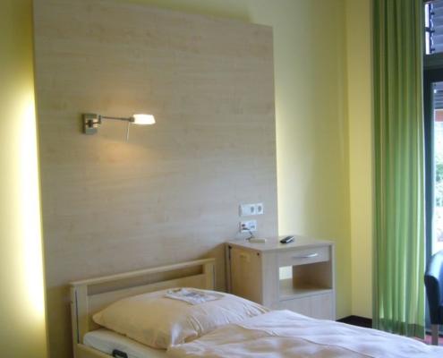 Möbel für Gästezimmer / Patientenzimmer Kurhaus
