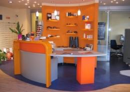 Ladenmöbel für Optiker-Fachgeschäft